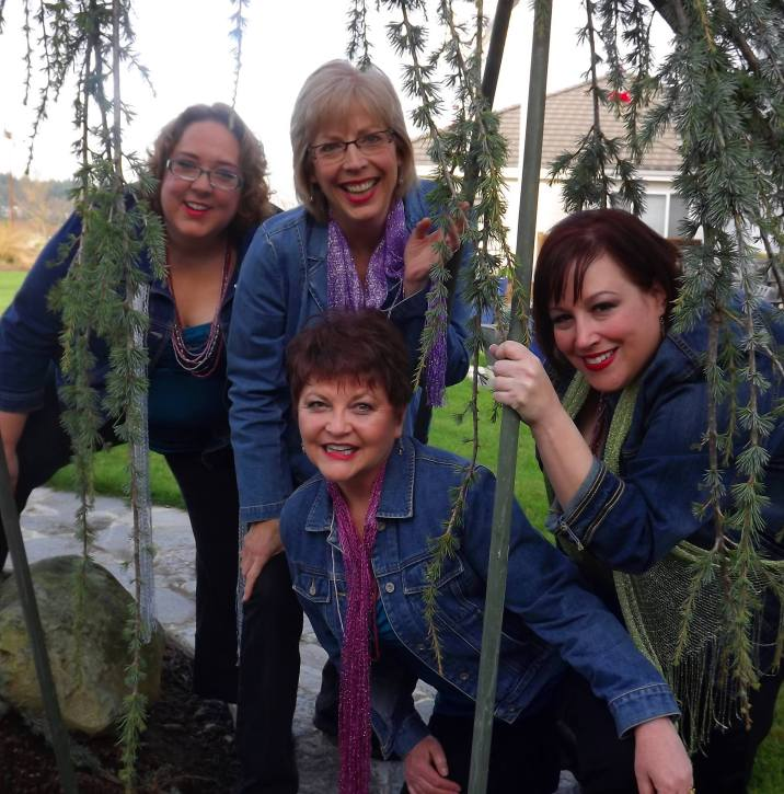 Left to right: Angie Whitten, Robin Hornsby Osborn (blonde), Debra Aungst, and Shelly Bray Bristow